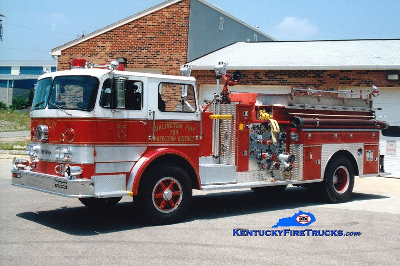 <center> RETIRED <br> Burlington  Engine 704 <br> x-Delhi Twp, OH <br> 1967 FWD 1000/1000 <br> Greg Stapleton photo </center>