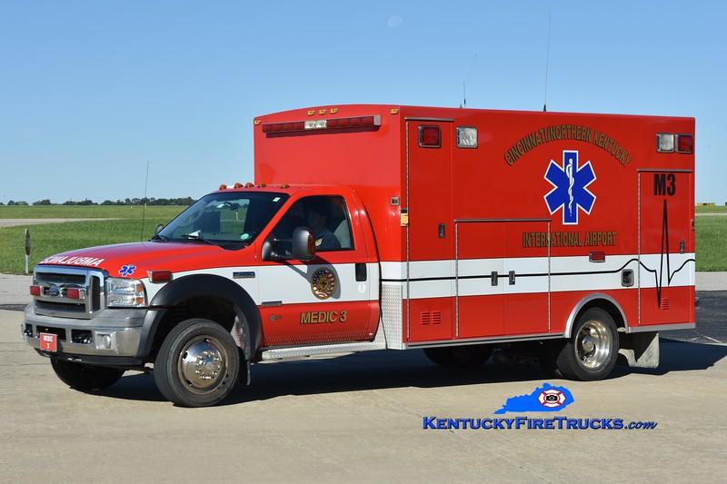 Cincinnati/Northern Kentucky International Airport Medic 3<br /> 2005 Ford F-450 4x4/Braun<br /> Greg Stapleton photo
