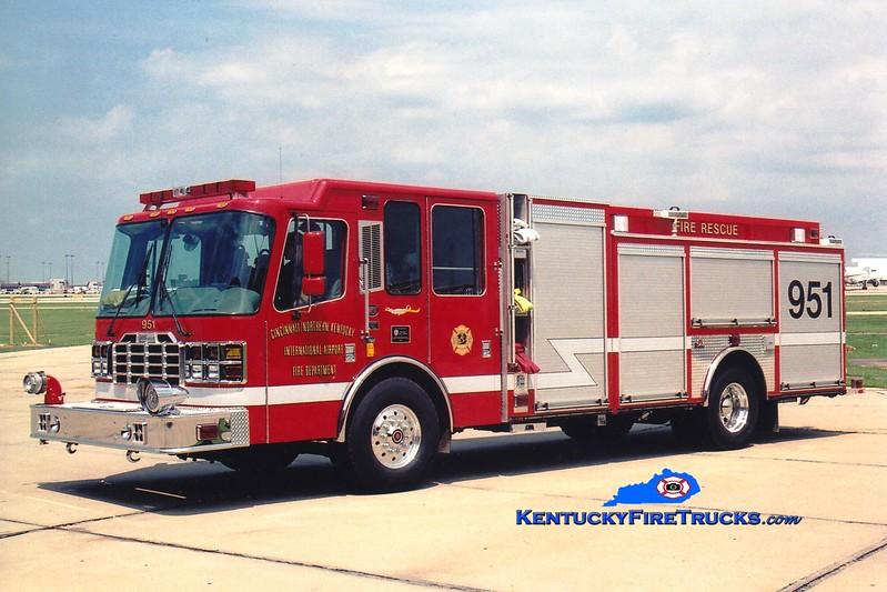 <center> RETIRED <br> Cincinnati/Northern Kentucky International Airport  Engine 951<br> 2001 Ferrara Inferno 2250/750 <br> Greg Stapleton photo </center>