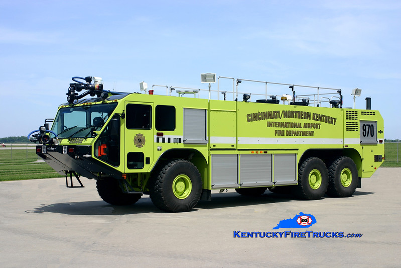 <center> Cincinnati/Northern Kentucky International Airport  Crash 970 <br> 2007 Oshkosh Striker 1950/3000/500F/500DC <br> Kent Parrish photo </center>
