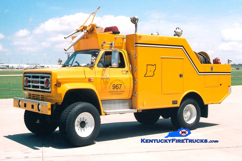 <center> RETIRED <BR> Cincinnati/Northern Kentucky International Airport  Unit 967 <br> 1983 GMC 4x4/Ansul/Marion 100F/450PK <br> Greg Stapleton photo </center>