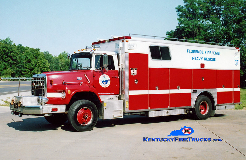 <center> RETIRED <br> Florence  Rescue 124 <br> 1988 Ford LS/Saulsbury <br> Kent Parrish photo </center>