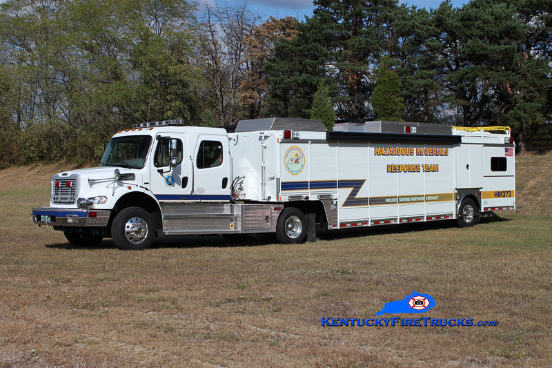 <center> Boone County  Hazmat 41 <br> x-Hazmat 373 <br> 2010 Freightliner M2-112/Summit <br> Kent Parrish photo </center>