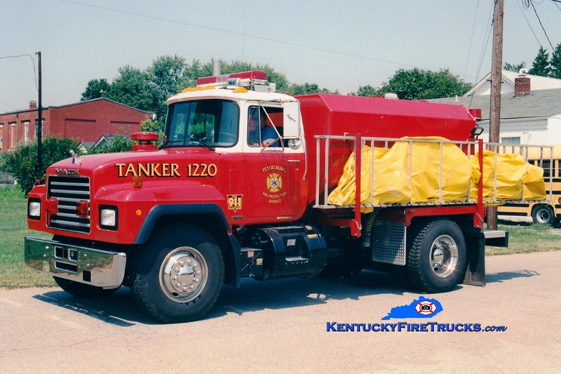 <center> Petersburg  Tanker 1220 <br> 1999 Mack RD/Wordwide Equipment 0/2000 <br> Greg Stapleton photo </center>