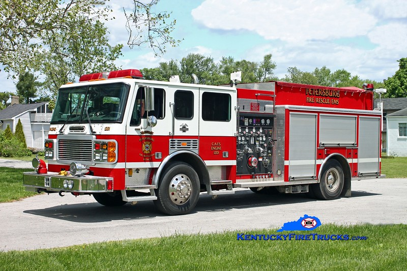 <center> Petersburg  Engine 1201 <br> 2001 American LaFrance Metropolitan 1500/1000/CAFS-30 <br> Kent Parrish photo </center>