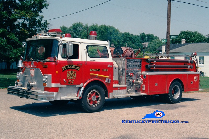<center> RETIRED <br> Petersburg  Engine 1203 <br> x-Newport, KY <br> 1968 Mack CF 1000/500 <br> Greg Stapleton photo </center>