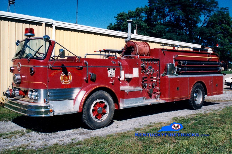 <center> RETIRED <br> Burlington  Engine 852 <br> x-Lyndon, KY <br> 1959 Mack C 1000/500/Quad  <br> Greg Stapleton photo </center>