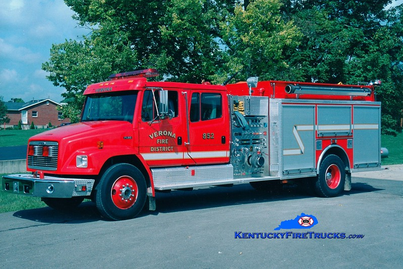 <center> Verona  Engine 852 <br> 1997 Freightliner FL80/KME 1500/1000  <br> Greg Stapleton photo </center>