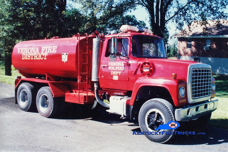 RETIRED<br /> Verona  Tanker 872<br /> 1975 Ford L/Local 0/3500<br /> Greg Stapleton photo