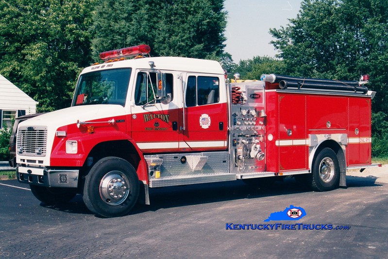 <center> Walton  Engine 302 <br> 2002 Freightliner FL80/E-One/Superior 1250/1000  <br> Greg Stapleton photo </center>