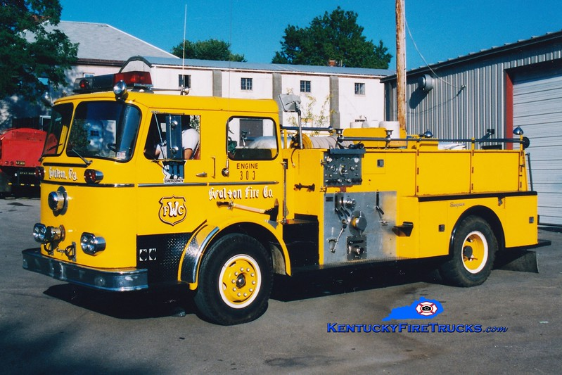 <center> RETIRED <br> Walton  Engine 303 <br> x-Hope, PA <br> 1965 Seagrave KB 750/500  <br> Greg Stapleton photo </center>