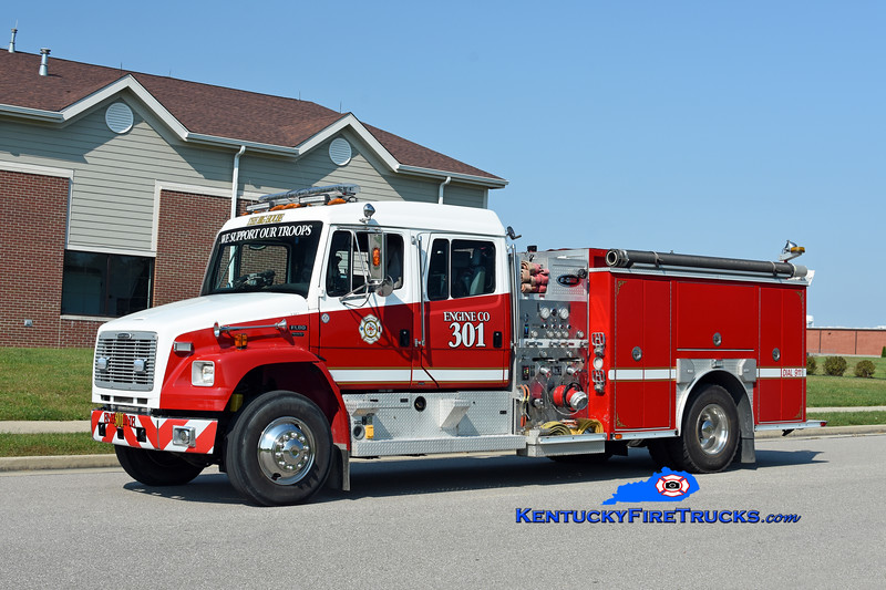 Walton  Engine 301<br /> 2002 Freightliner FL80/E-One 1250/1000<br /> Kent Parrish photo