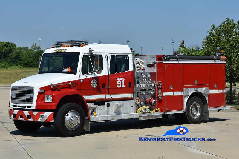 Walton Engine 91   <br /> x-Engine 301<br /> 2002 Freightliner FL80/E-One 1250/1000<br /> Greg Stapleton photo