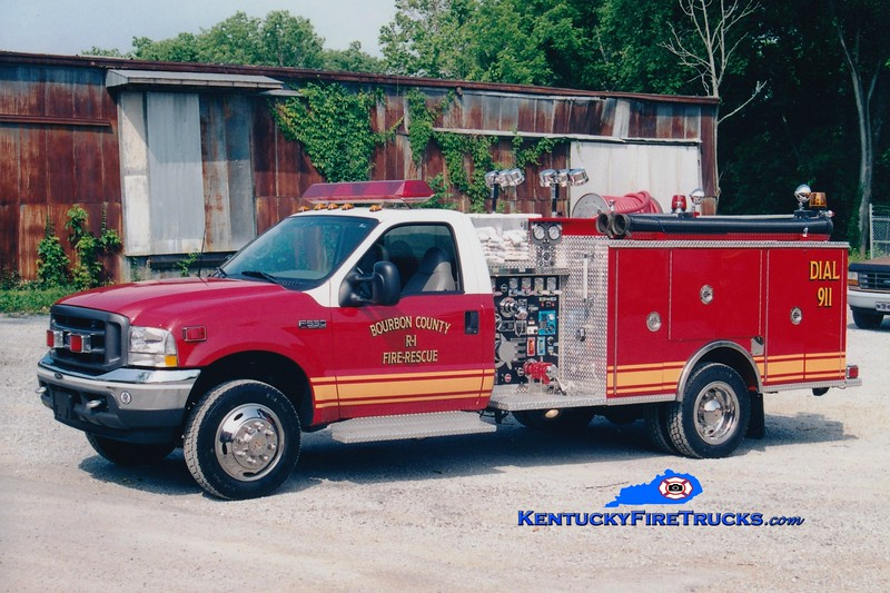 <center> Bourbon County  Rescue 1 <br> 2002 Ford F-550 4x4/Pierce 750/300/30 <br> Greg Stapleton photo </center>