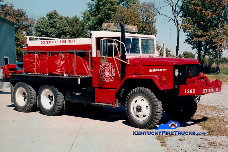 <center> Centerville  Tanker 1202 <br> x-US Army <br> 1977 AM General M35/Local 250/1000 <br> Greg Stapleton photo </center>