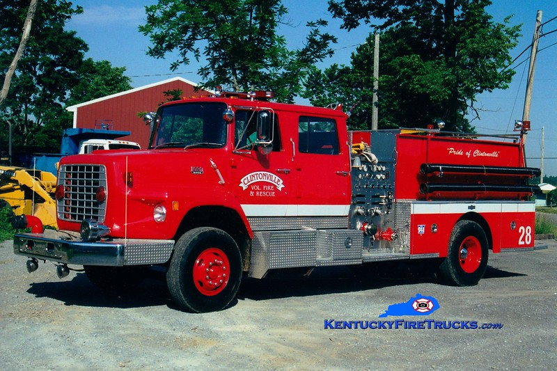 <center> Clintonville Engine 142 <br> x-Lexington, KY <br> 1983 Ford LS/American LaFrance 1250/1000 <br> Greg Stapleton photo </center>