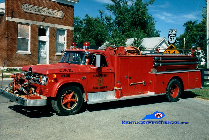 <center> RETIRED <br> Clintonville Engine 3 <br> x-Clark County, KY <br> 1969 Dodge/Sutphen 750/1000 <br> Greg Stapleton photo </center>