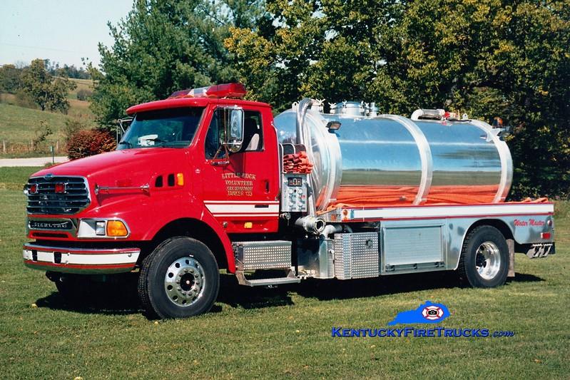 <center> Little Rock  Tanker 133 <br> 2004 Sterling/Southern Fire Svcs/Water Master 500/2500 <br> Greg Stapleton photo </center>