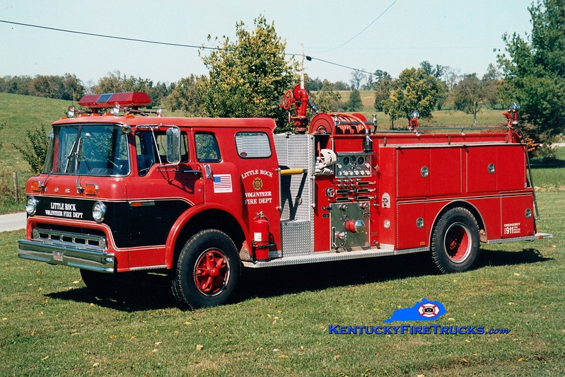 <center> REITRED <br> Little Rock  Engine 132 <br> x-Richmond, KY; Ruddles Mill Shawhan, KY <br> 1976 Ford C/Sutphen 1000/500 <br> Greg Stapleton photo </center>