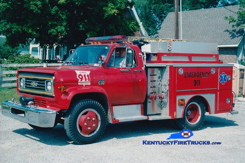 <center> RETIRED <br> Millersburg  Rescue 34 <br> x-Concord, KY <br> 1975 Chevy/E-One 250/500 <br> Greg Stapleton photo </center>