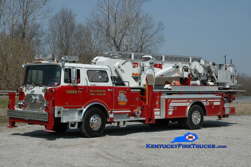 <center> Millersburg  Tower 71 <br> x-Huntington Manor, NY; Paris, KY <br> 1974 Mack CF/Baker 75' Aerialscope <br> Greg Stapleton photo </center>