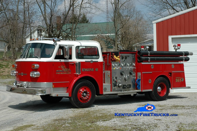 <center> North Middletown  Engine 61 <br> x-Paris, KY <br> 1982 American LaFrance Century 1250/500 <br> Greg Stapleton photo </center>