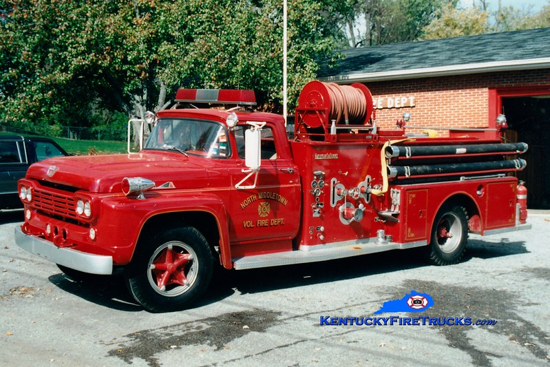 <center> North Middletown  Engine 15 <br> 1960 Ford F/American LaFrane 500/350 <br> Greg Stapleton photo </center>