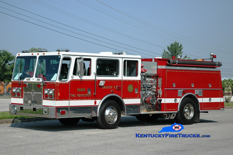 <center> Paris  Engine 3 <br> x-Northport VMA Hospital, NY <br> 1993 KME Falcon 1250/750/30 <br> Greg Stapleton photo </center>