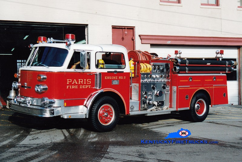 <center> RETIRED <br> Paris  Engine 2  <br> 1982 American LaFrance Century 1250/500  <br> Greg Stapleton photo </center>