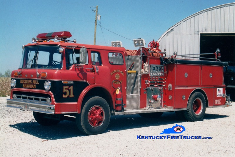 <center> Ruddles Mill Shawhan  Engine 51 <br> x-Richmond, KY <br> 1976 Ford C/Sutphen 1000/500 <br> Greg Stapleton photo </center>