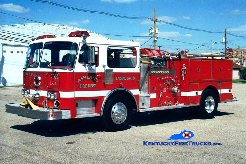 <center> RETIRED <br> Ashland  Engine 24 <br> x-Cincinnati, OH <br> 1986 Seagrave HB 1250/300 <br> Greg Stapleton photo <br> </center>