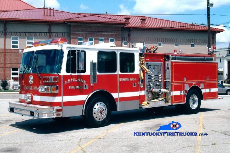 <center> Ashland  Engine 3 <br> x-Engine 4 <br> 1993 Sutphen 1500/500 <br> Greg Stapleton photo <br> </center>