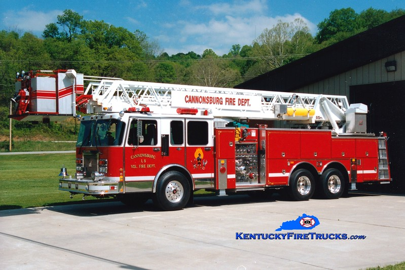 <center> Cannonsburg  Ladder 8  <br> 1993 Spartan Gladiator/Smeal 1500/200/85' <br> Greg Stapleton photo </center>