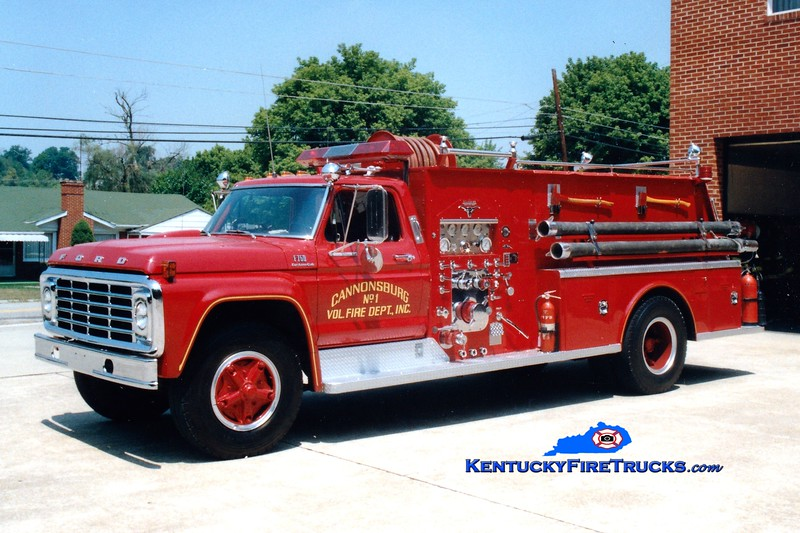 <center> RETIRED <br> Cannonsburg  Engine 1  <br> 1975 Ford F-750/Allegheny 750/1000 <br> Greg Stapleton photo </center>