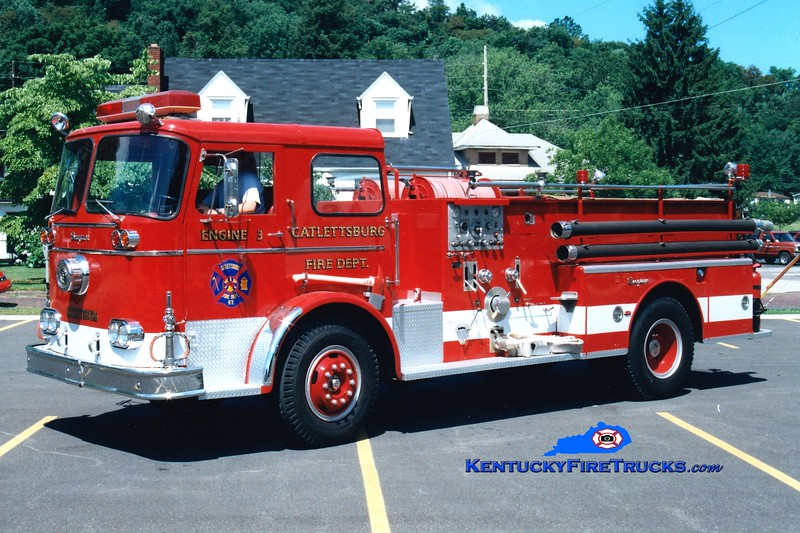 <center> REPAINTED <br> Catlettsburg  Engine 3  <br> 1963 Seagrave KB 750/500 <br> Greg Stapleton photo </center>