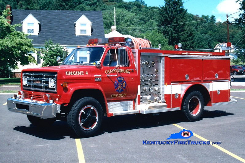 <center> RETIRED <br> Catlettsburg  Engine 4  <br> 1976 GMC 6500/E-One 750/300 <br> Greg Stapleton photo </center>