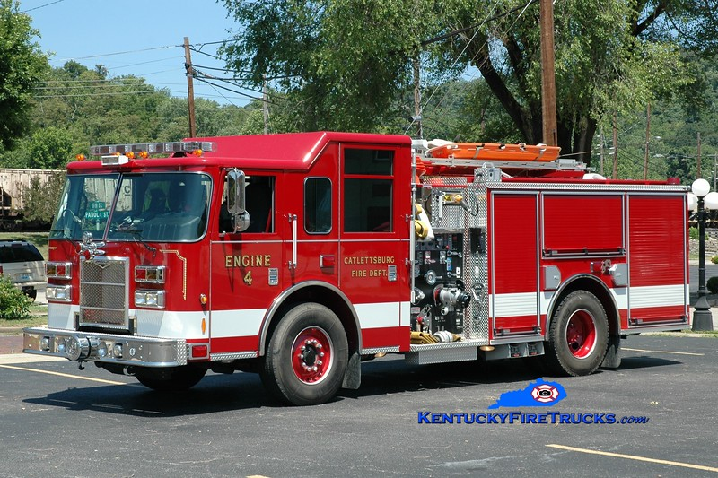 <center> Catlettsburg  Engine 4  <br> 2009 Pierce Contender 1500/500 <br> Greg Stapleton photo </center>
