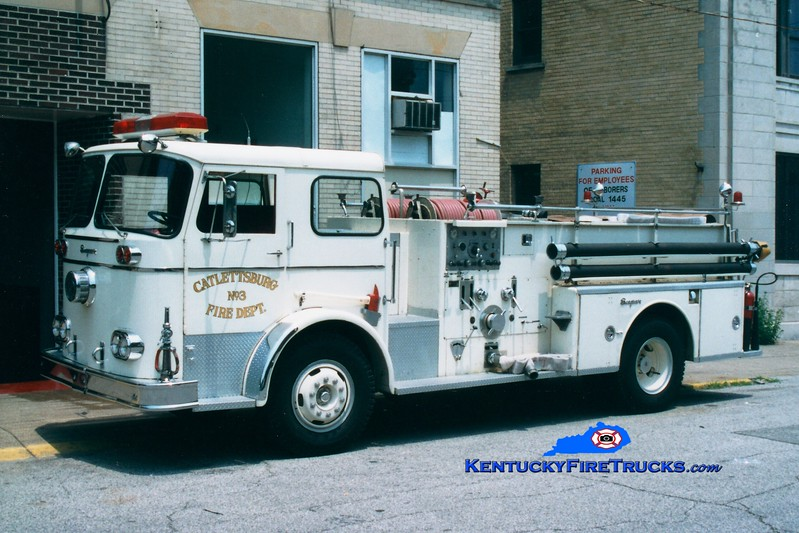 <center> ORIGINAL <br> Catlettsburg  Engine 3  <br> 1963 Seagrave KB 750/500 <br> Greg Stapleton photo </center>