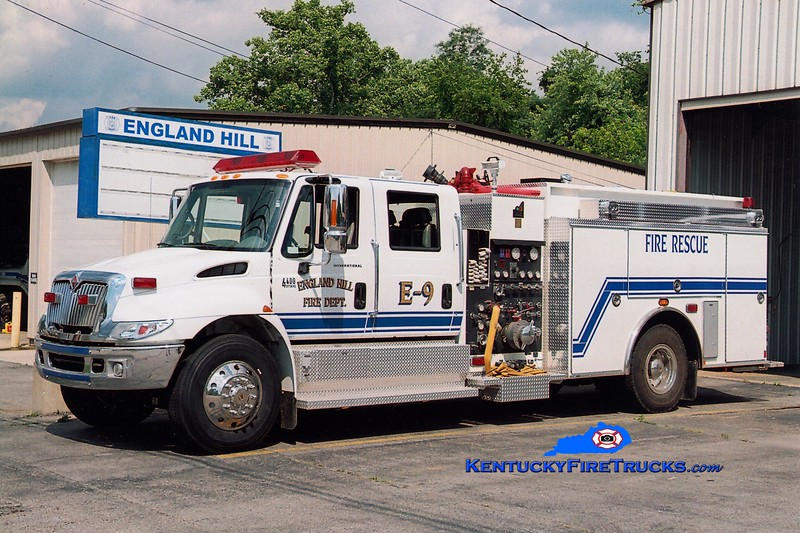 <center> England Hill  Engine 9 <br> 2004 International 4400/Smeal 1250/1000 <br> Greg Stapleton photo <br> </center>