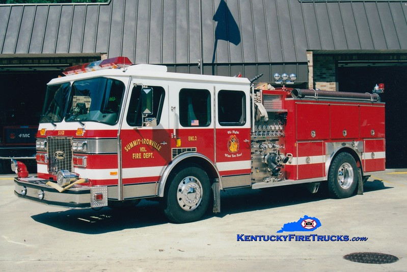 <center> Summit-Ironville  Engine 2 <br> 1992 E-One Cyclone TC 1500/1000 <br> Greg Stapleton photo </center>