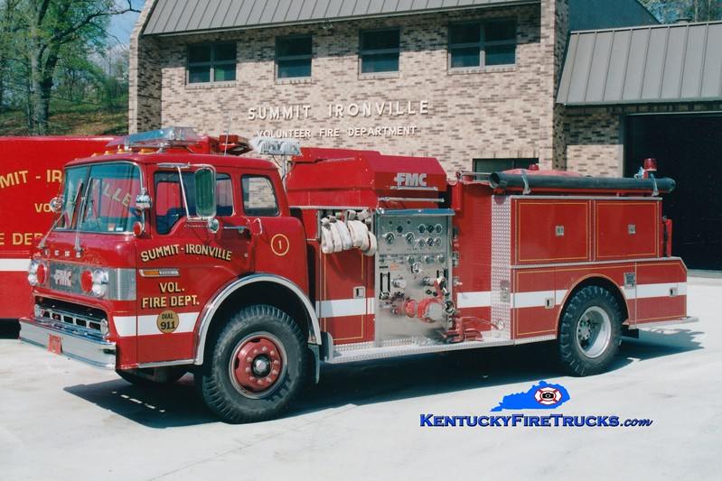 <center> RETIRED <br> Summit-Ironville  Engine 1 <br> 1979 Ford C-900/FMC 1000/1000 <br> Greg Stapleton photo </center>