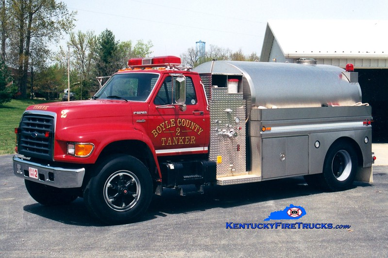 <center> REASSIGNED  <br> Boyle County  Tanker 2 <br> 1998 Ford F-750/Bluegrass 250/2000 <br> Greg Stapleton photo </center>