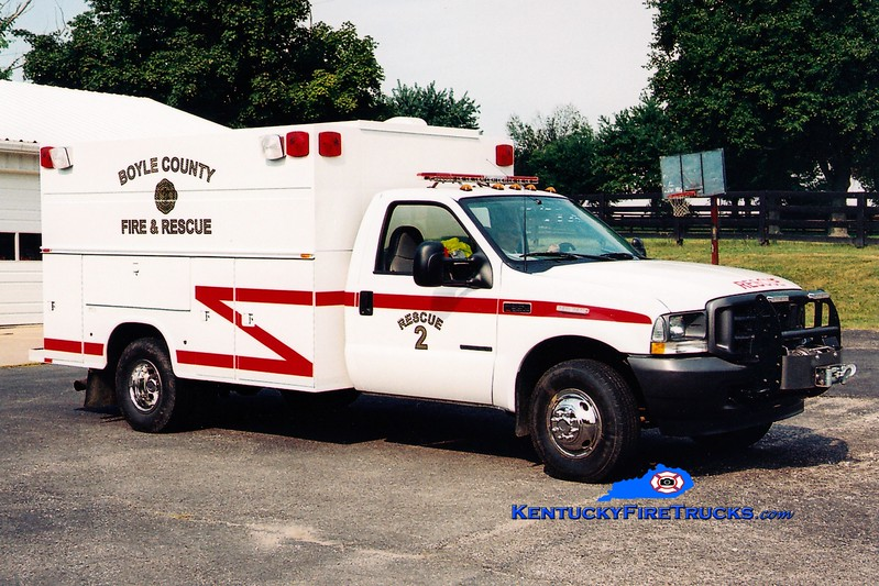 <center> Boyle County  Rescue 2 <br> 2002 Ford F-350 4x4/Knapheide <br> Greg Stapleton photo </center>