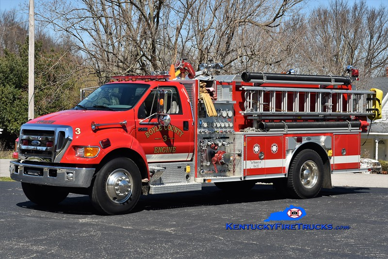 Boyle County Engine 3 <br /> 2003 Ford F-750/E-One 1250/1000 <br /> Greg Stapleton photo