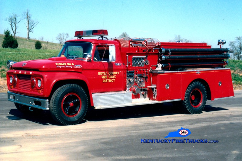 <center> RETIRED <br> Boyle County  Engine 4 <br> 1963 Ford F-850/Pirsch 750/500 <br> Greg Stapleton photo </center>