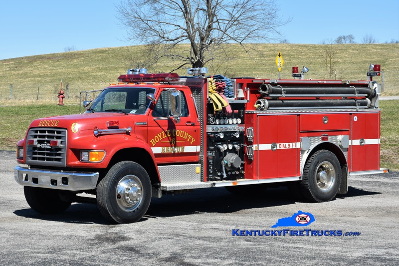 Boyle County  Rescue 4<br /> x-Engine 6<br /> 1995 Ford F-800/E-One 1250/1000<br /> Greg Stapleton photo