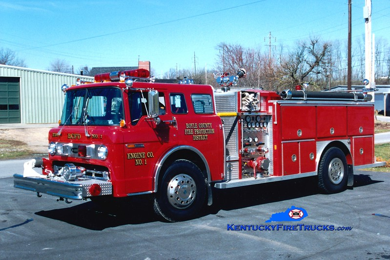 <center> RETIRED <br> Boyle County  Engine 1 <br> 1986 Ford C/E-One 1000/1000 <br> Greg Stapleton photo </center>