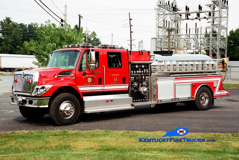 <center> RETIRED <br> Boyle County  Engine 11 <br> 2008 International 4400/US Tanker 1250/2000 <br> Greg Stapleton photo </center>