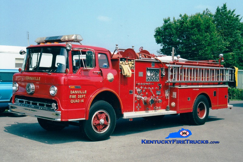 <center> RETIRED <br> Danville  Quad 14  <br> 1976 Ford C-900/Jaco 1000/500 <br> Greg Stapleton photo </center>
