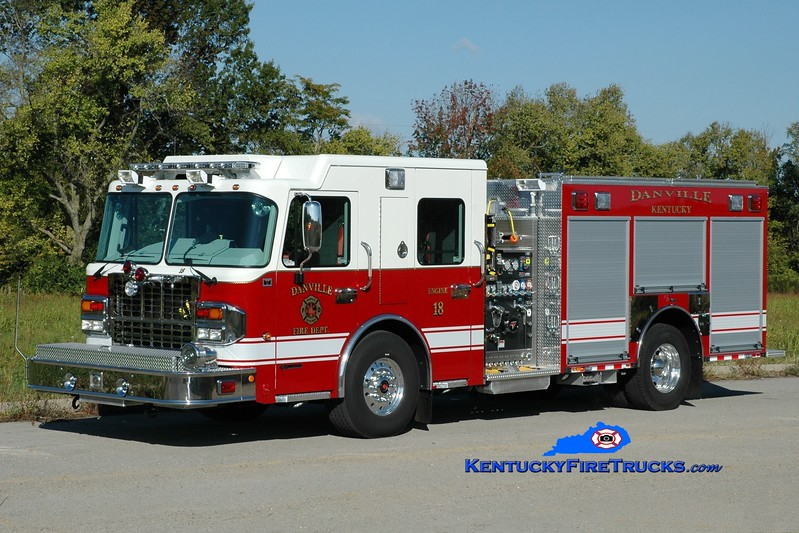 <center> Danville  Engine 18  <br> 2014 Spartan Gladiator/Toyne 1500/500/25 <br> Greg Stapleton photo </center>